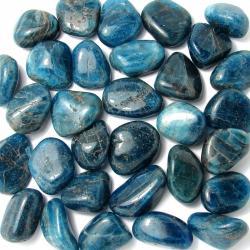 Pierres roulées en apatite bleue